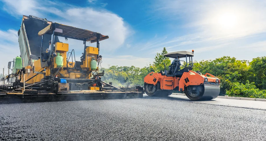 Residential and commercial paving asphalt contractors in Boston